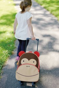 Kid pull-along suitcase